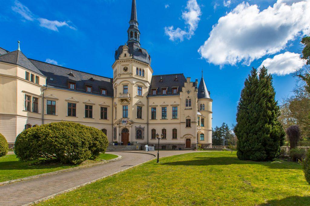 Rügenmakler - Schloss Ralswiek