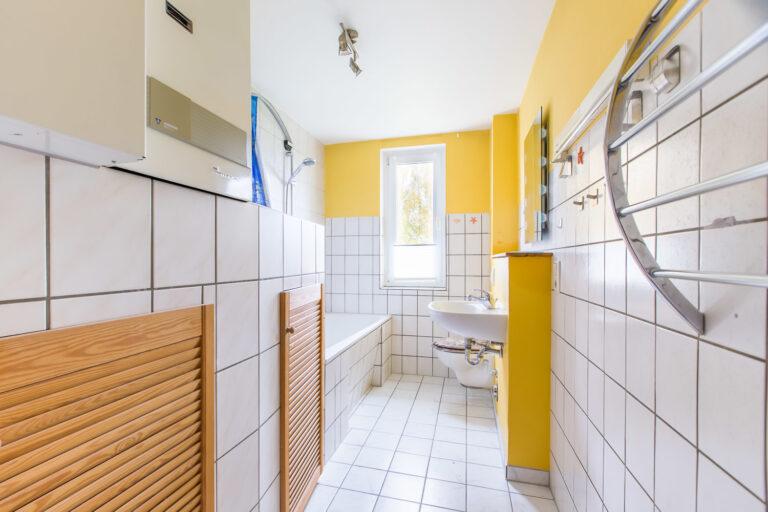 Wohnung OG links - Badezimmer