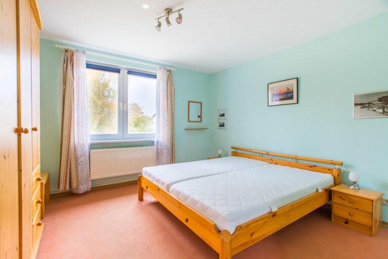 Wohnung OG links - Schlafzimmer